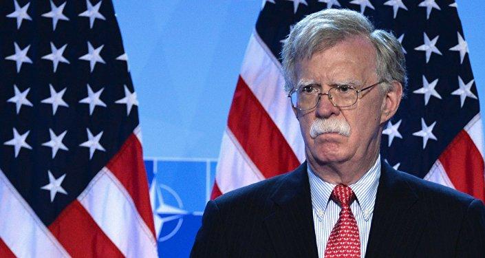 بولتون: آمریکا نمی تواند صادرات نفت ایران را کاملا قطع کند