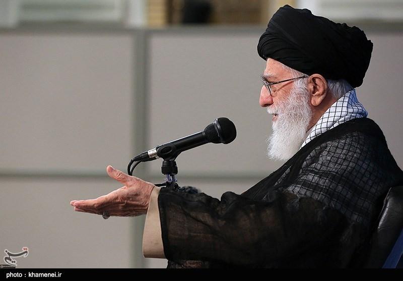 امام خامنهای: اینکه میگویند ژن یا ژنِ [خوب]! اعتباری ندارد/ گاهی اوقات پدر یک صفت خوبی دارد، پسر ندارد