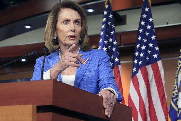 سخنگوی کاخ سفید: پلوسی کنترل بر حزب دموکرات را از دست داده است
