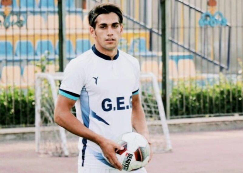 فوتبالیست استهبانی گلگهر سیرجان: شکست کرونا مهمتر از برگزاری لیگ برتر است