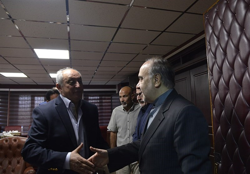 فریبا: وزیر گفت 10 میلیارد به استقلال دادیم تا پول شفر را بدهند، اما جای دیگری خرج شد/ در انتخاب سرمربی دخیل نبودیم